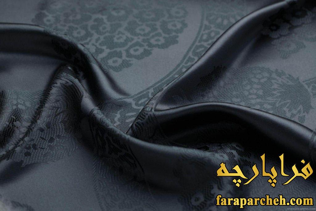 انتخاب بهترین پارچه برای چادر مشکی